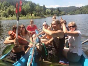 NEVEREST Erlebnispädagogik Spaß am Boot