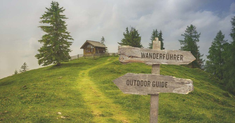 NEVEREST Blog: Wanderführer vs. Outdoor Guide