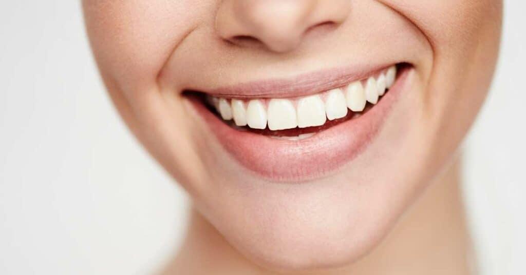 lächeln_hilft_gegen_stressfaktoren