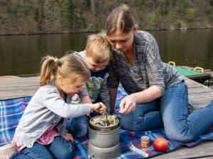 Wildkräuter Outdoorküche für Kinder | Zwillinge
