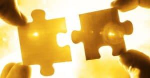 NEVEREST Titelbild Infoabend | Puzzleteile