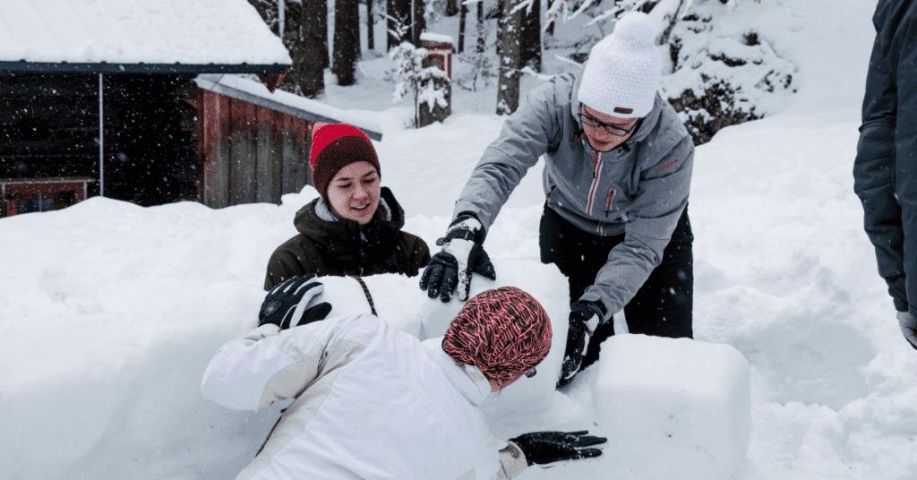 iglu_bauen_winter_hüttenabenteuer