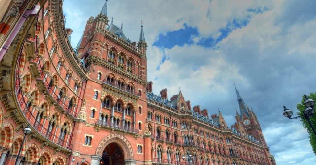 st_pancras_london_station