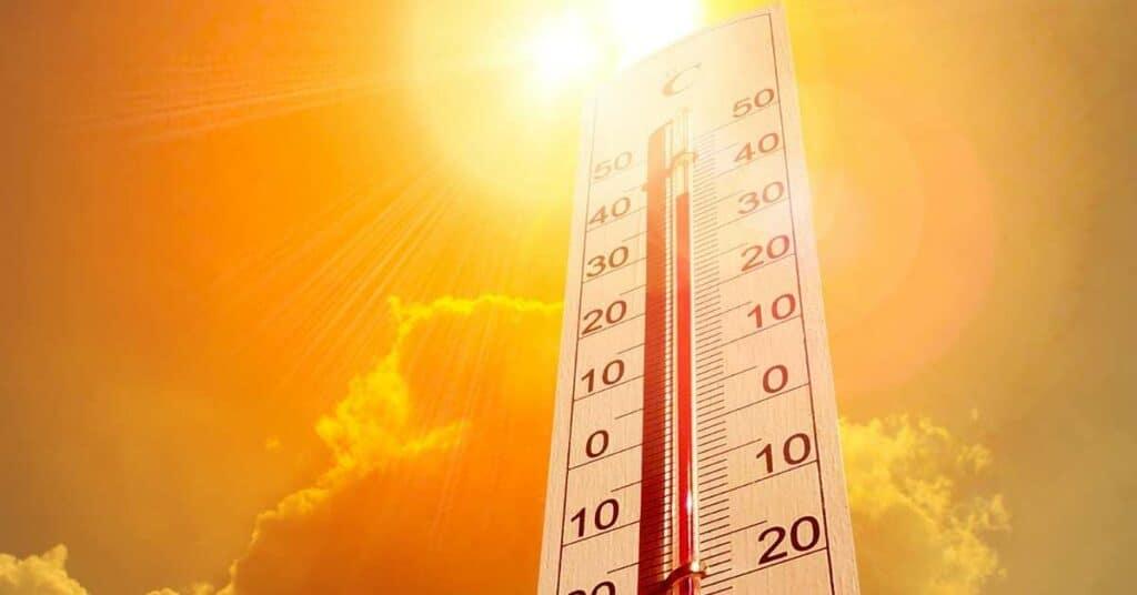 hundstage_2021_hitze_hohe_temperaturen_thermometer